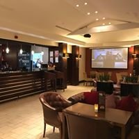 Swindon Marriott Chats Bar & Source Grill