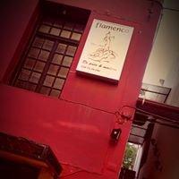 De palo y madera - Flamenco Dance School