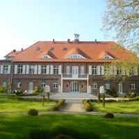 Schloss Pütnitz