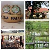 Turistična kmetija MALI RAJ