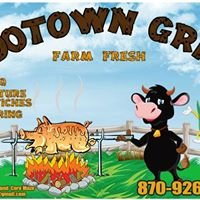 Mootown Grill and Corn Maze