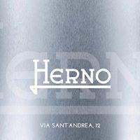 Herno, via Sant'Andrea 12