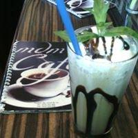 MDM Cafe
