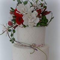 Esmee's Little Bakery: Marsepeinen taarten & cupcakes