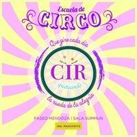 Cirqueteando - Clases de Circo Integral
