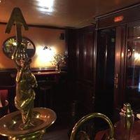 L'ascensor Cocktail Bar