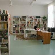 Schul- und Gemeindebibliothek Fambach