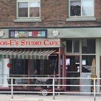 Rob-E Studio Cafe