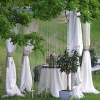 Wedding archs and decorations