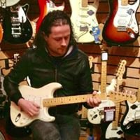 Guitar Lessons Dundee with Barry Phillips