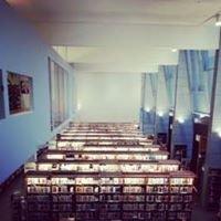 Raision kaupunginkirjasto – Reso stadsbibliotek – Raisio Town Library