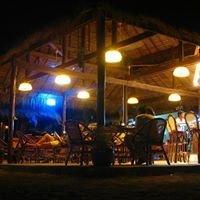 Papa Pippo Bar, Restaurant & Bungalows