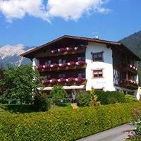 Wohlfühlpension Alpenhof.Obsteig