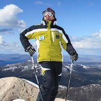 La Base - Escuela de Ski & Snowboard