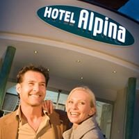 Hotel Alpina Ried - Pina's Cafe Bar