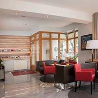 Hotel Lucia.....