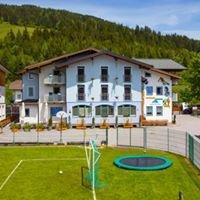 Familien & Jugendhotel Hirscher