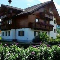 Gsöllhof, Familie Fuchs