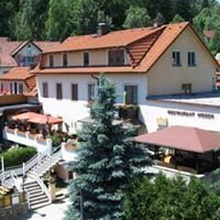 "Café-Restaurant ""Seeblick"" Familie Weber"