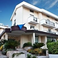 Virgilio Grand Hotel - Resort 4 * & beauty center Sperlonga