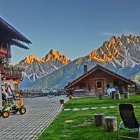 Glinzhof Chalet Natur Resort Dolomites