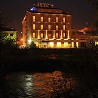 HOTEL CAVOUR **** Piazza Cavour,10 -  Rieti - Lazio - Italy