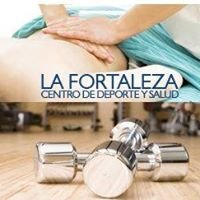 Centro de Deporte y Salud La Fortaleza / Sport und Gesundheitszentrum