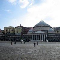 Piazza Plebiscito - Maratona Di Napoli