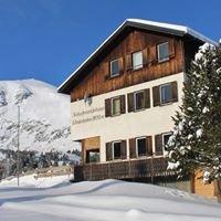 Winterleitenhütte im Zirbenland