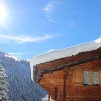snowchalet