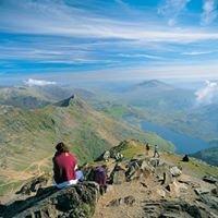 Explore Snowdonia - STS Holidays