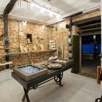 Liotrivi cafe / gallery