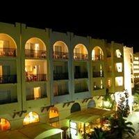 Lefkoniko Hotels