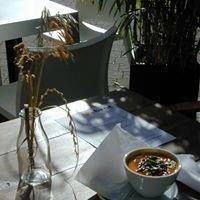 Zubrot, Tagescafé mit Kunst und Design