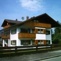 Ferienwohnung Schrallhammer Garmisch-Partenkirchen