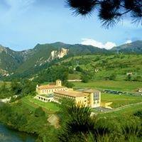 """Parador """"Cangas De Onis"""" - Picos De Europa, Asturias"""