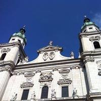Domplatz Salzburg - Jedermann