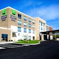 Oswego Holiday Inn Express & Suites