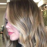 Leila Hairstylist & Beauty Care