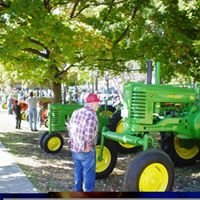 Carthage Maple Leaf Tractor Show