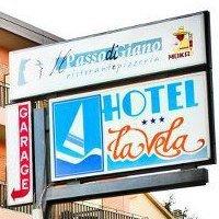 Hotel La Vela Passignano sul Trasimeno +39075827221
