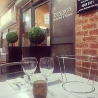 Deniro's Restaurant and Pizzeria