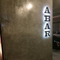 White Bar