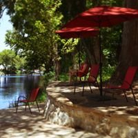 Gruene River Hotel and Retreat