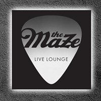 "Club ""The Maze"" Live Lounge"