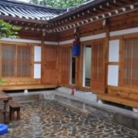 Yoosfamily Guest House