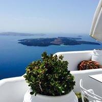 Aeolos studios & suites Santorini Greece