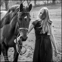 Alex Kennedy - atk photography - Family/ Equestrian/ Pet Photographer