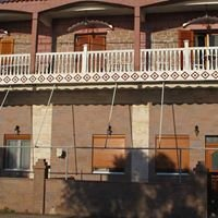 Rooms to Let Makropoulos John