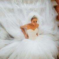 DeModa , kāzu kleitas un aksesuãri
